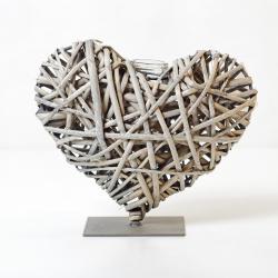 Dekorace proutěné srdce se zkumavkou 20